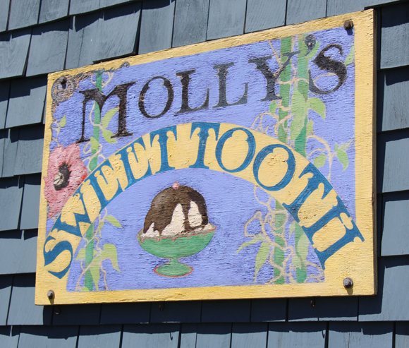 Molly's Sweet Tooth, Rockport