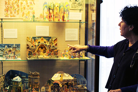 Ellen Rubin, The Pop-Up Lady, details the background behind several Kubašta holiday designs
